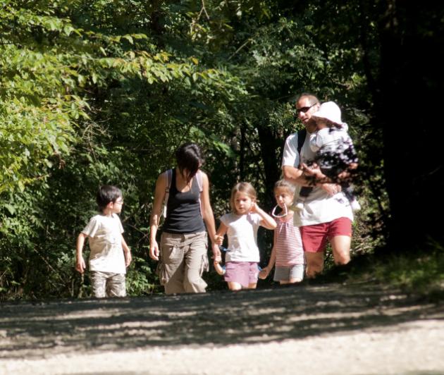 Photo de couverture de Espace Famille, page du site de la Mairie de Floirac